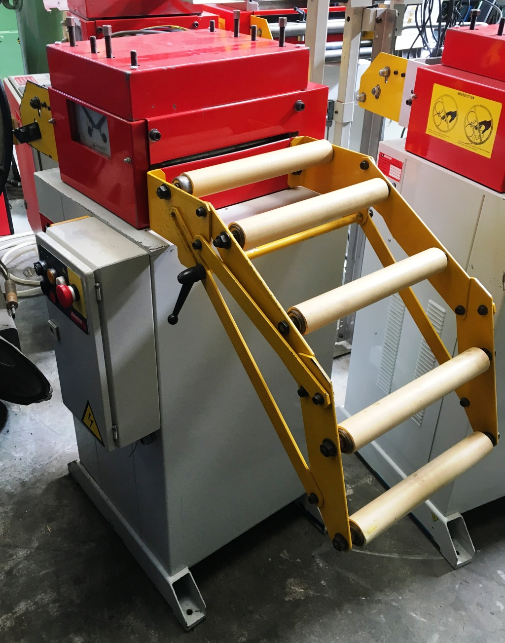 Dimeco Cabinet Mounted Leveller - 1645/C